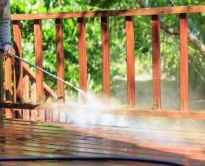 Pressure-Washing-Deck-Mchigan
